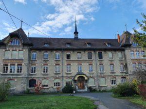 Photo de la façade de l'internat social Favre Chazière